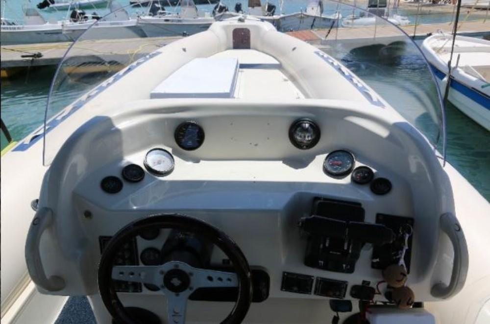 Huur Rubberboot met of zonder schipper Vicror in Nydri