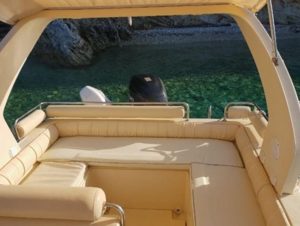 Huur Rubberboot met of zonder schipper Solemar in Nydri