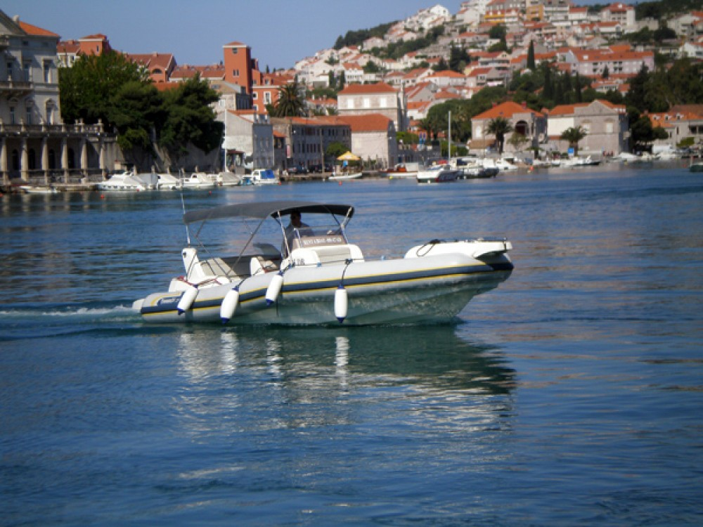 Jachthuur in Dubrovnik - Marlin Boat Marlin Boat 29 Efb via SamBoat