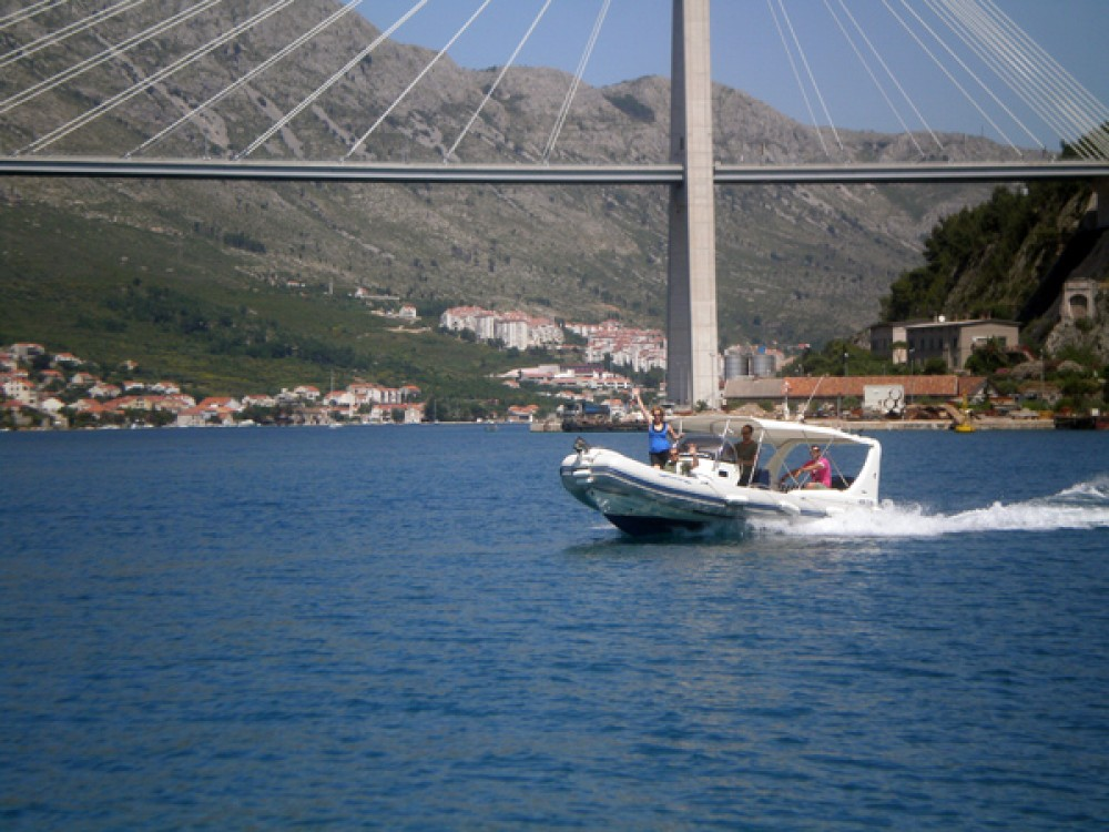 Verhuur Rubberboot in Dubrovnik - Zodiac 409 DB