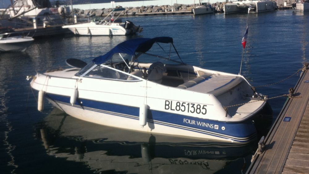 Motorboot te huur in Lyon voor de beste prijs