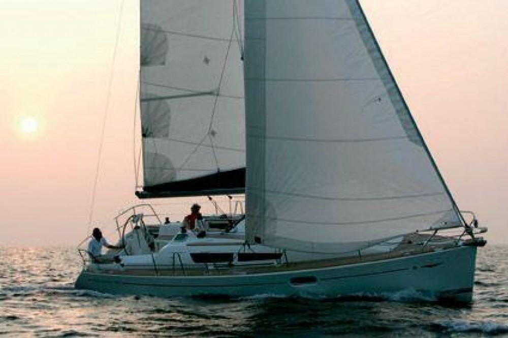 Zeilboot te huur in Zonza voor de beste prijs