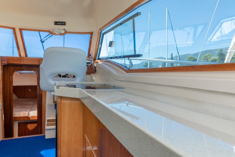 Huur Motorboot met of zonder schipper Damor in Trogir