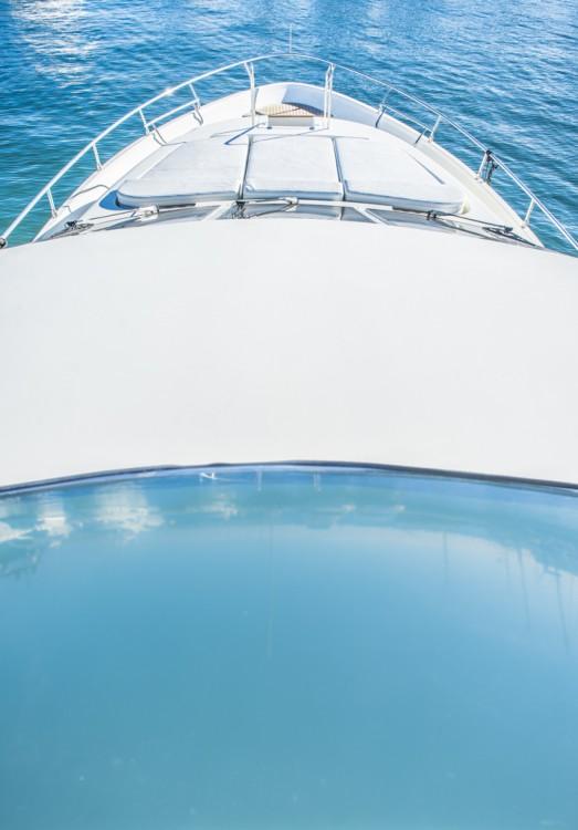 Bootverhuur Astondoa Astondoa 82 GLX in Ibiza via SamBoat