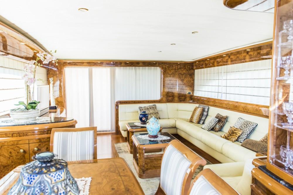 Astondoa Astondoa 82 GLX te huur van particulier of professional in Ibiza