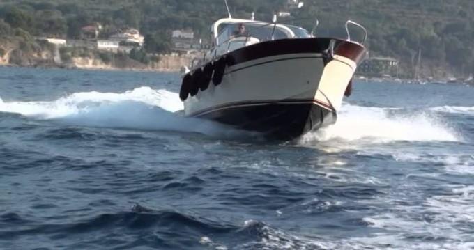 Huur Motorboot met of zonder schipper Di luccia in Positano