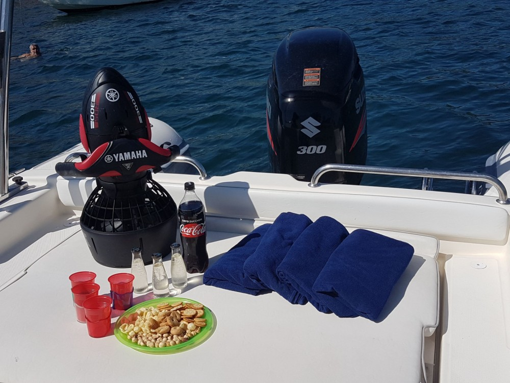 Rubberboot te huur in Pozzuoli voor de beste prijs