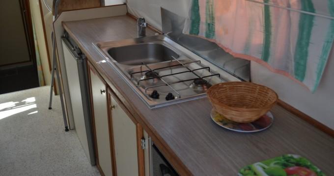 Les Canalous Triton 1050 te huur van particulier of professional in Agde