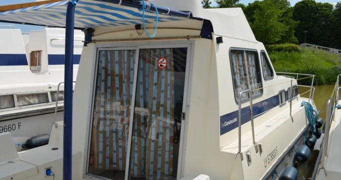 Verhuur Woonboot in Languimberg - Les Canalous Triton 860 Fly