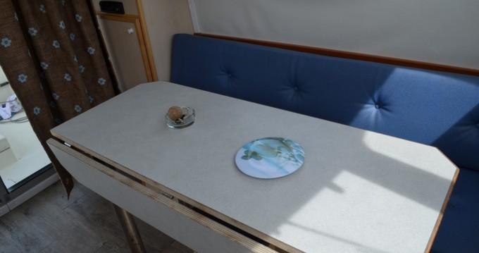 Verhuur Woonboot in Cognac - Les Canalous Triton 860 Fly