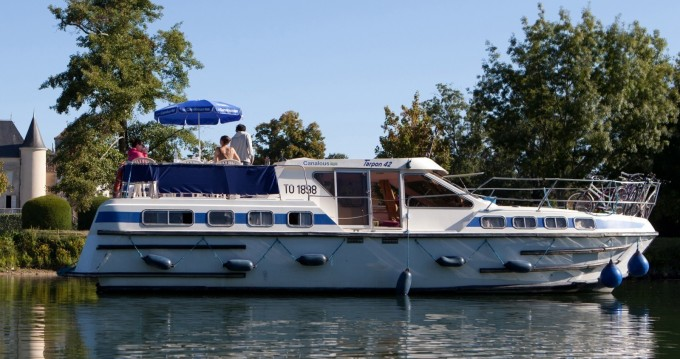 Verhuur Woonboot in Briare - Les Canalous Tarpon 42