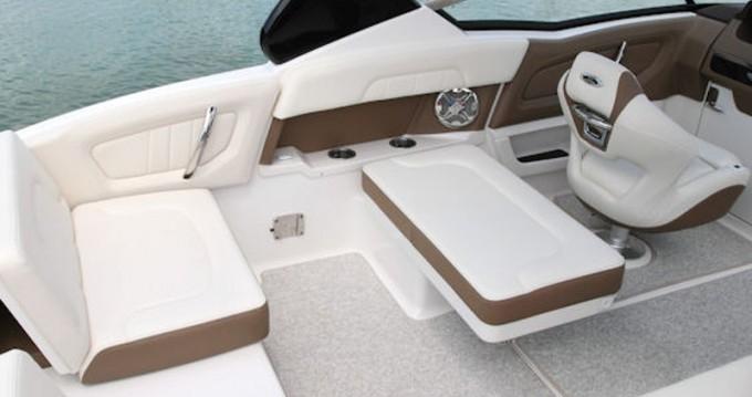 Motorboot te huur in Setúbal voor de beste prijs