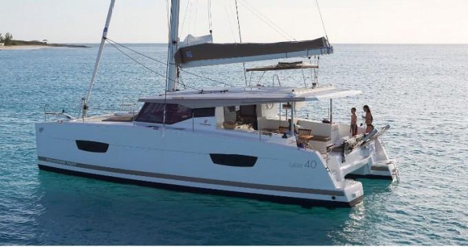Bootverhuur Fountaine Pajot Lucia 40 in Trogir via SamBoat