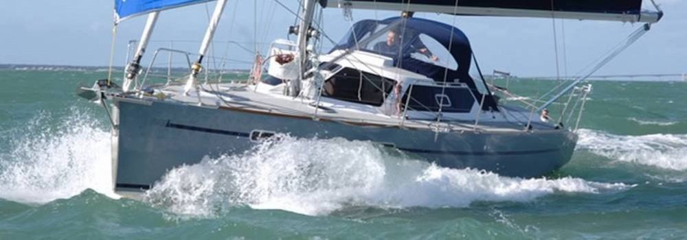 Fora Marine RM1050 te huur van particulier of professional in La Roche-Bernard