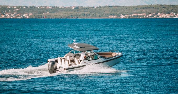 Bootverhuur Axopar 24 T-Top in Zadar via SamBoat
