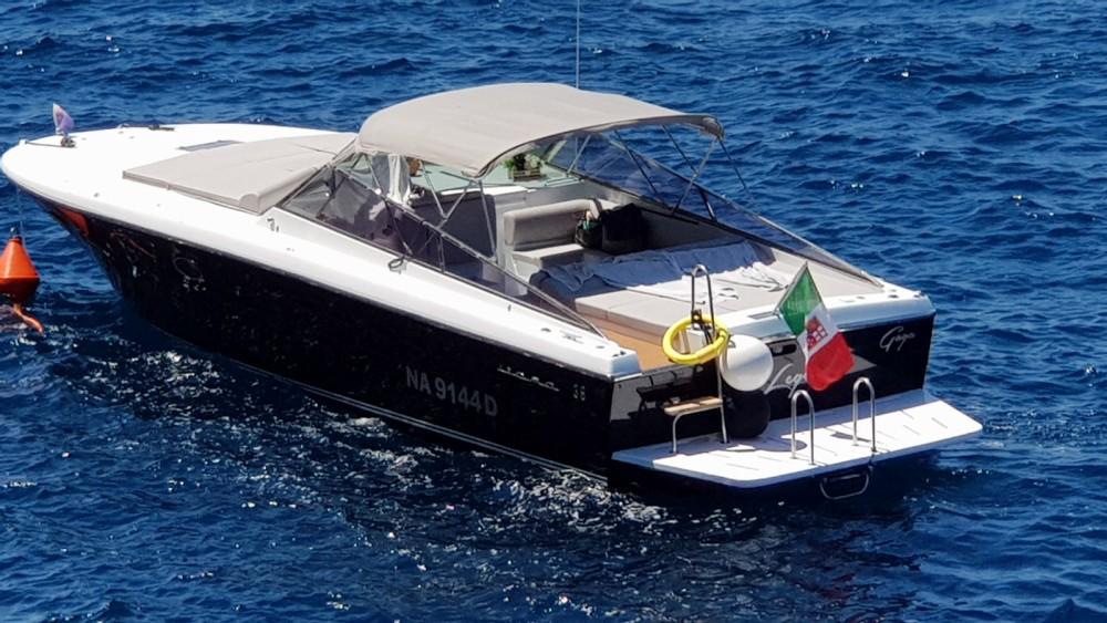 Bootverhuur Amalfi goedkoop Itama 38