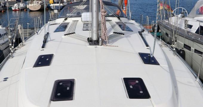 Huur een Bavaria Cruiser 50 in Lemmer