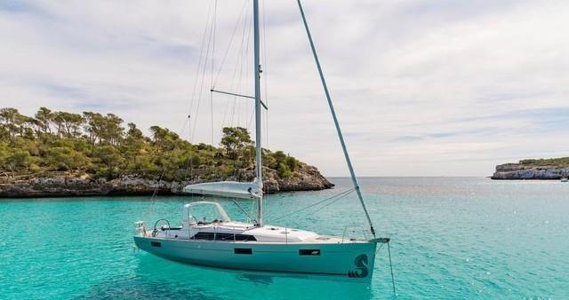 Bénéteau Oceanis 41.1 te huur van particulier of professional in Lefkas Egremni