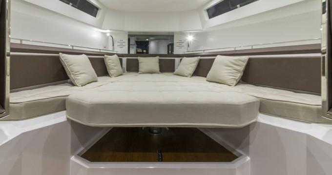 Verhuur Motorboot EVO met vaarbewijs