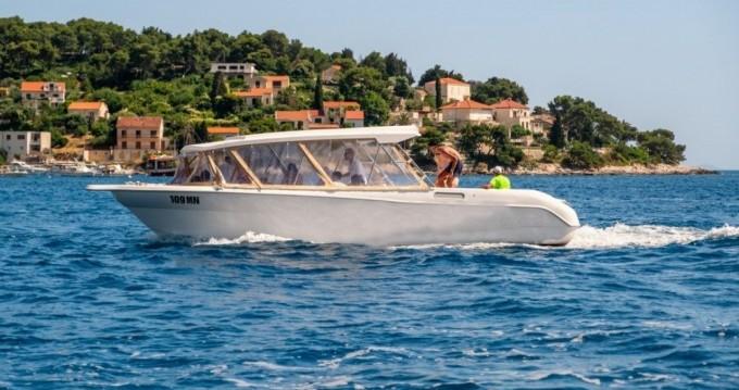 Verhuur Motorboot in Milna - Enzo 35