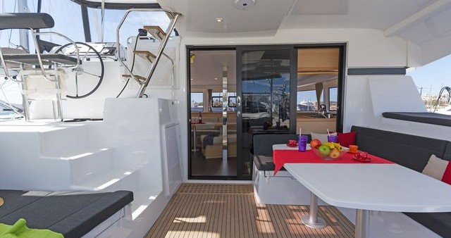 Verhuur Catamaran in Nafplio - Lagoon Lagoon 42