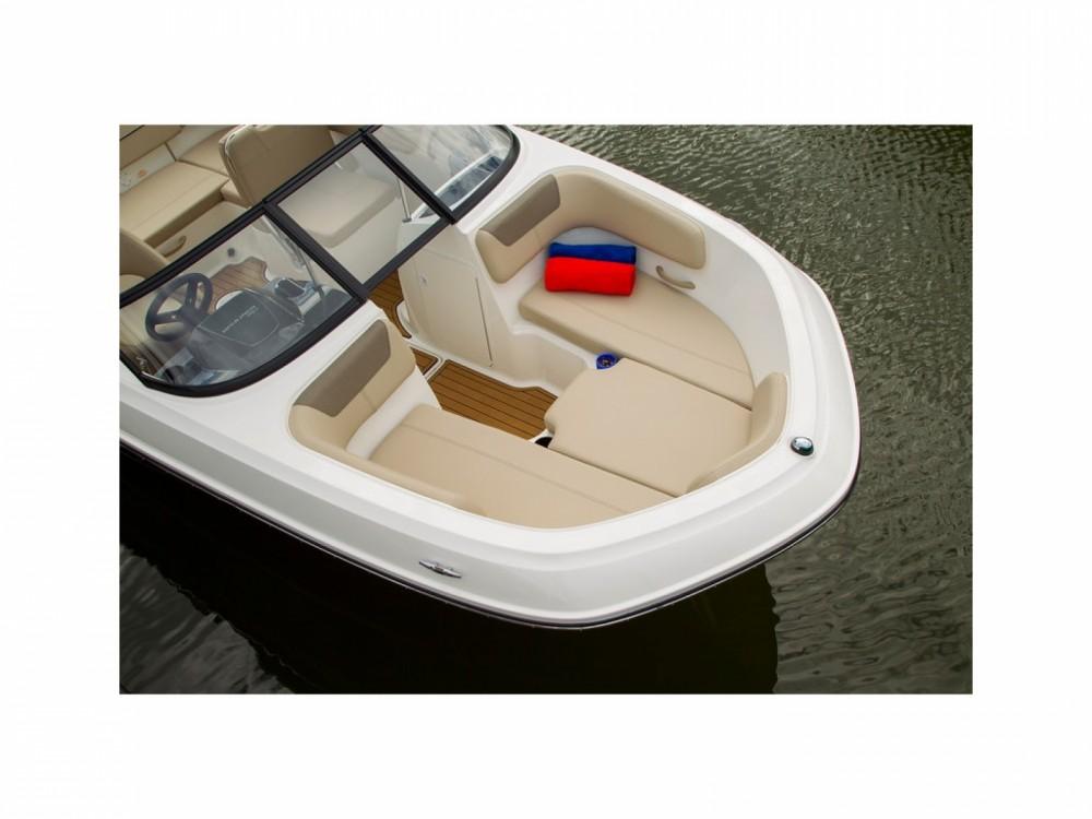 Huur Motorboot met of zonder schipper Bayliner in Mandelieu-la-Napoule