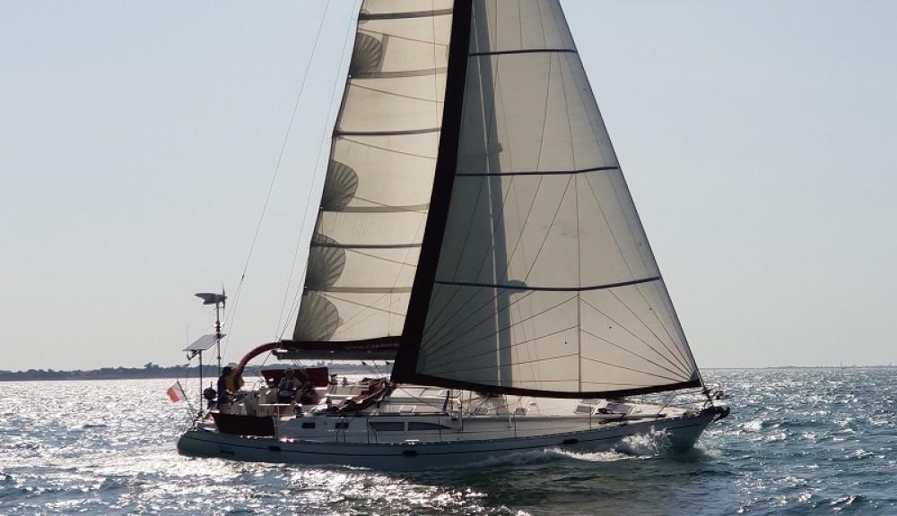 Huur een Jeanneau Sun Odyssey 45.2 in La Rochelle
