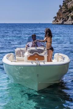 Huur Motorboot met of zonder schipper Invictus  in Ciutadella de Menorca