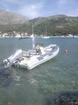 Verhuur Rubberboot Bénéteau met vaarbewijs