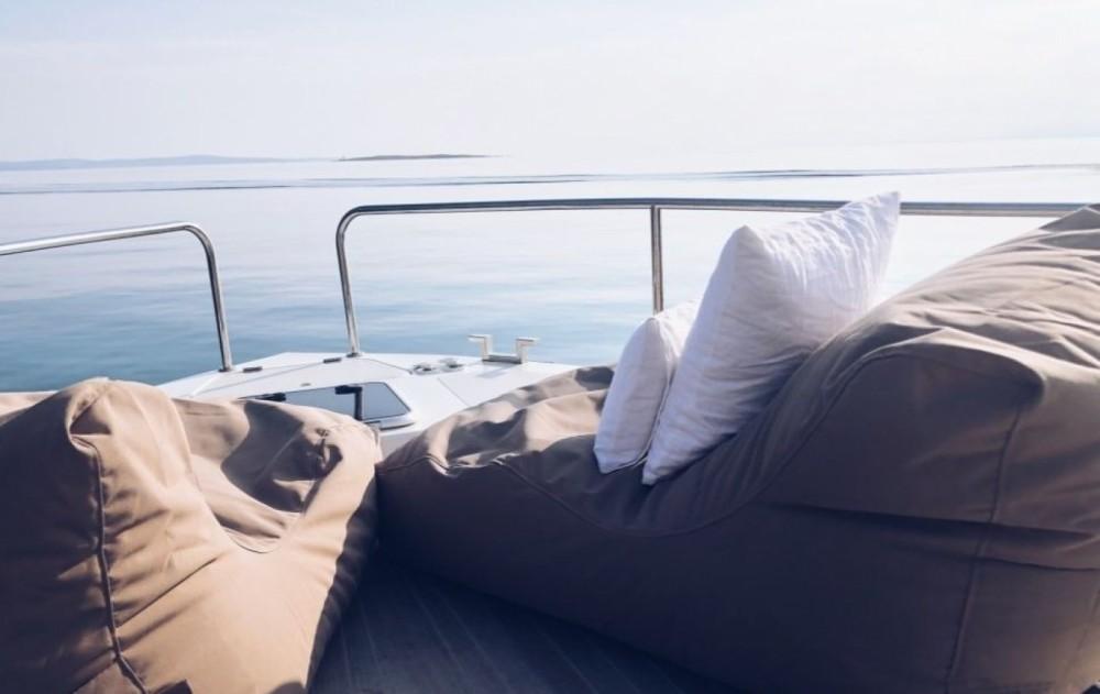 Huur Jacht met of zonder schipper SUN.DAY in Novi Vinodolski