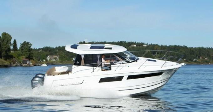 Verhuur Motorboot in Nieuwpoort-Bad - Jeanneau Merry Fisher 855