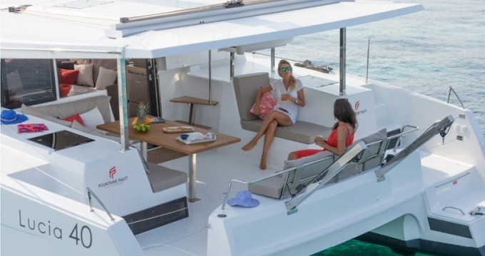 Fountaine Pajot Lucia 40 te huur van particulier of professional in Port du Crouesty