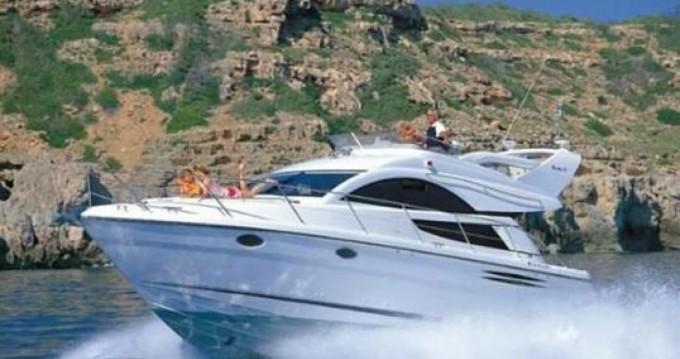 Verhuur Jacht in Toúrlos - Fairline 40 Flybridge