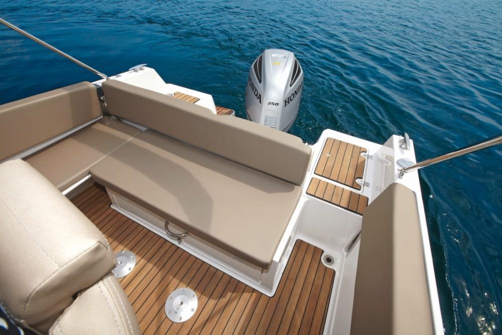 Verhuur Motorboot in Zadar - Atlantic 730 Sun Cruiser