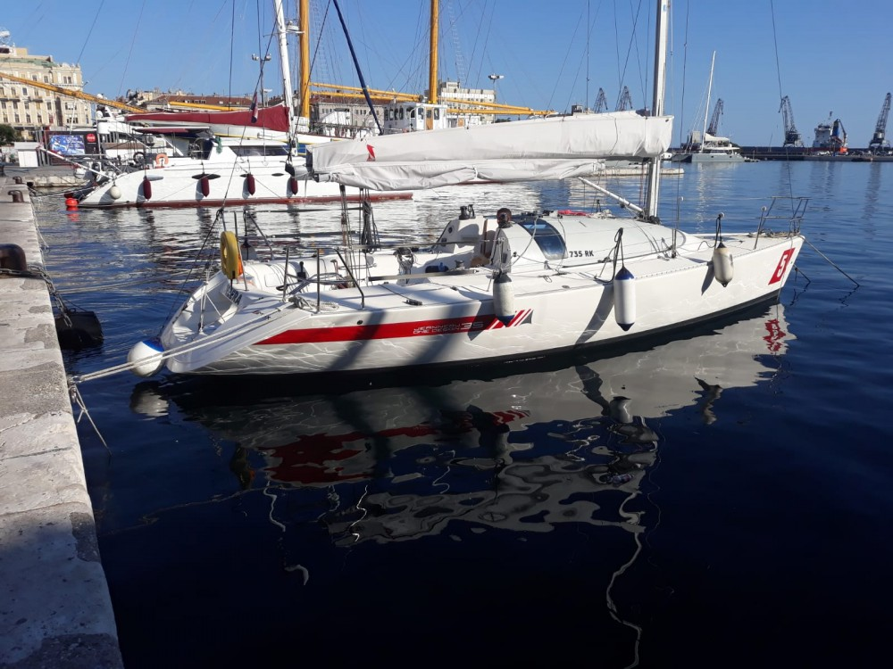 Verhuur Zeilboot in Grad Rijeka - Jeanneau Jod 35