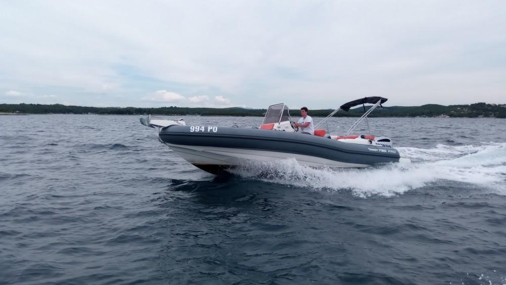 Huur Rubberboot met of zonder schipper Marlin Boat in Vrsar