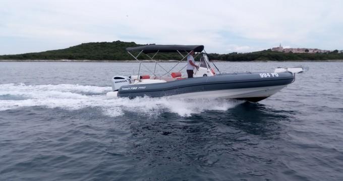 Huur een Marlin Boat MARLIN 790 PRO GRAY ORANGE in Vrsar-Orsera