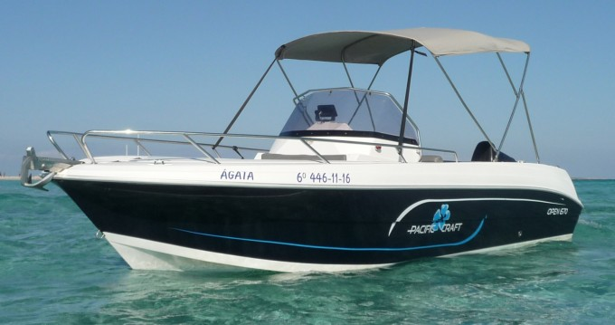Jachthuur in Ibiza Town - Pacific Craft Pacific Craft 670 Open via SamBoat