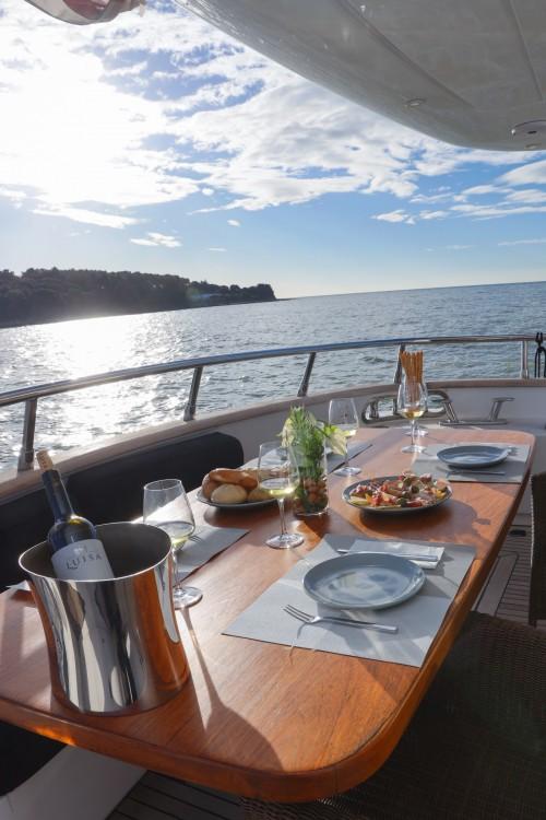 Huur Jacht met of zonder schipper Maiora in Novigrad
