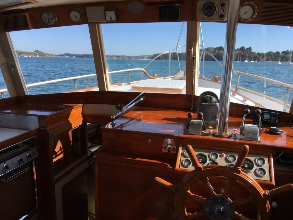 Bootverhuur Grand Banks Grand Banks 42 Classic in Saint-Malo via SamBoat