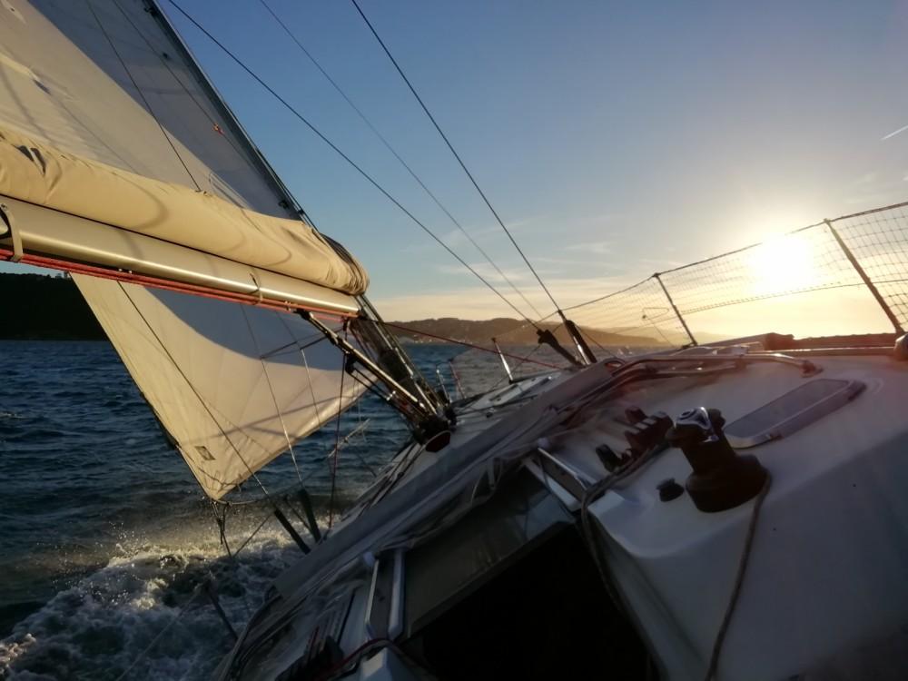 Huur een Jeanneau Sun Fast 43 in Bandol