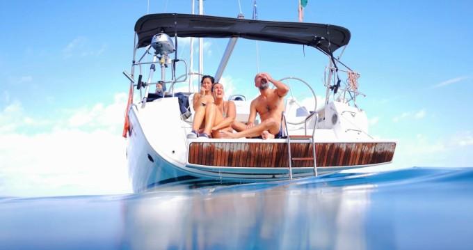 Huur een Bavaria Bavaria 46 Cruiser New in San Vincenzo