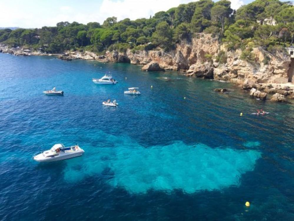 Huur een Bénéteau Oceanis 48 in Cannes