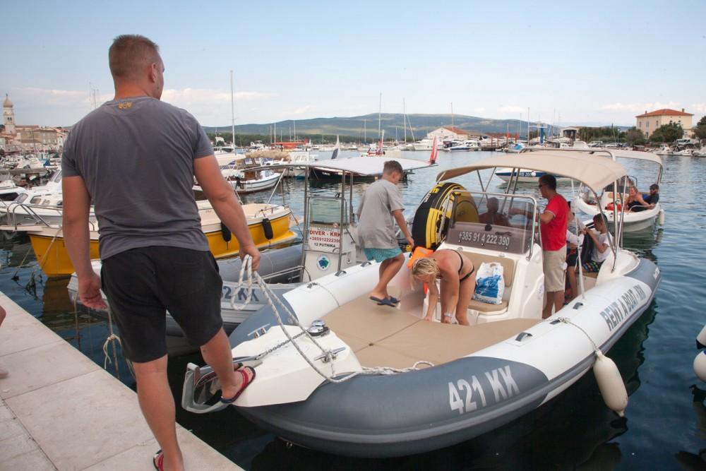 Marlin Boat Dynamic 790 te huur van particulier of professional in Krk