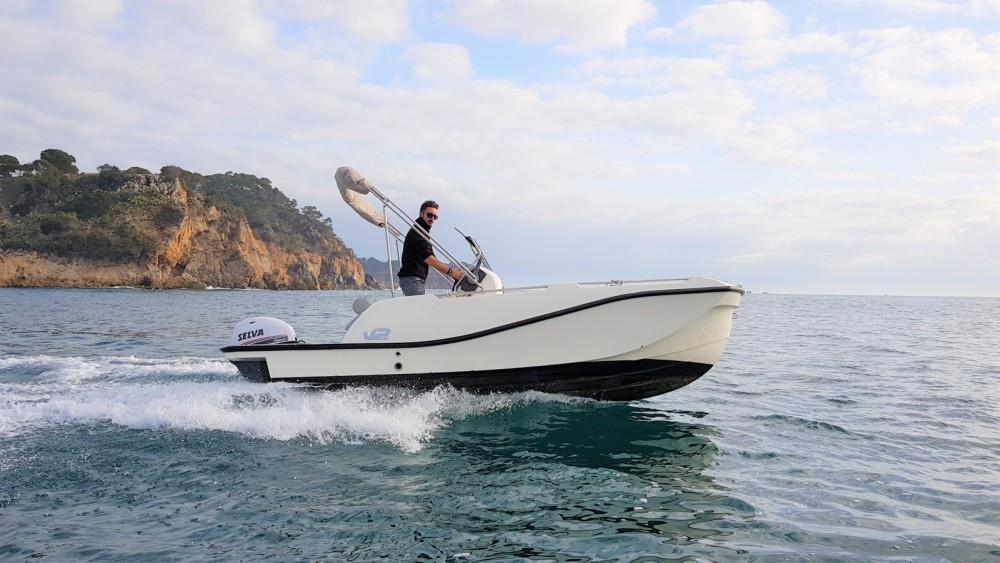 Verhuur Motorboot in Palamós - V2 BOATS 5.0 SPORT