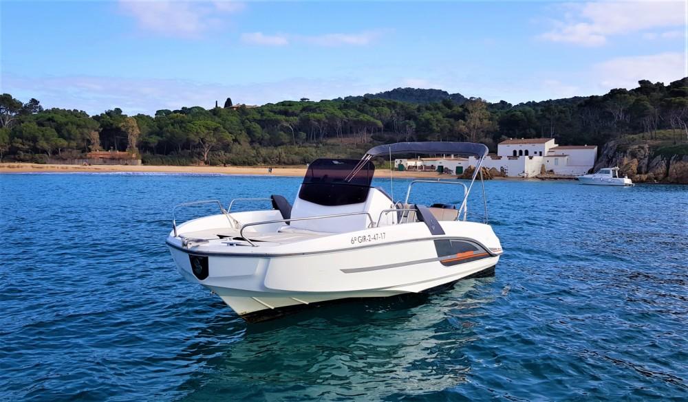 Huur Motorboot met of zonder schipper Bénéteau in Palamós