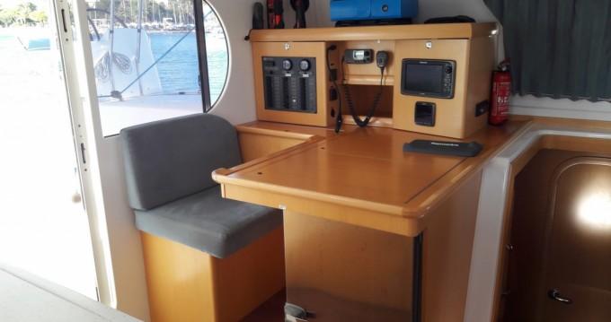 Huur Catamaran met of zonder schipper Nautitech in Martigues