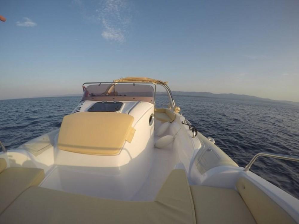 Aquamax B27 Offshore te huur van particulier of professional in Bol