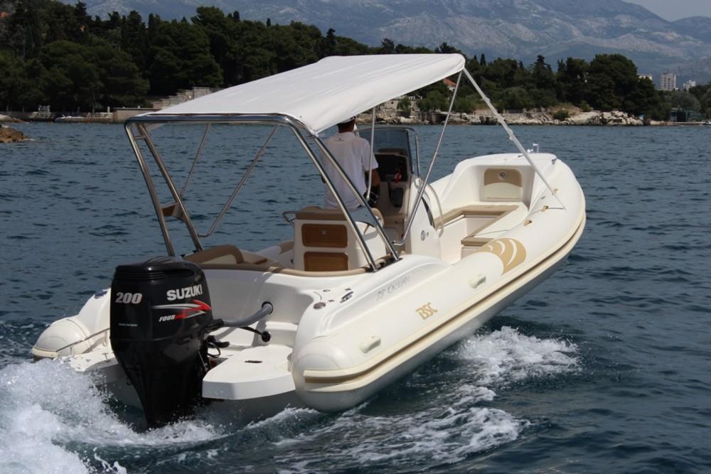Rubberboot te huur in Bol voor de beste prijs