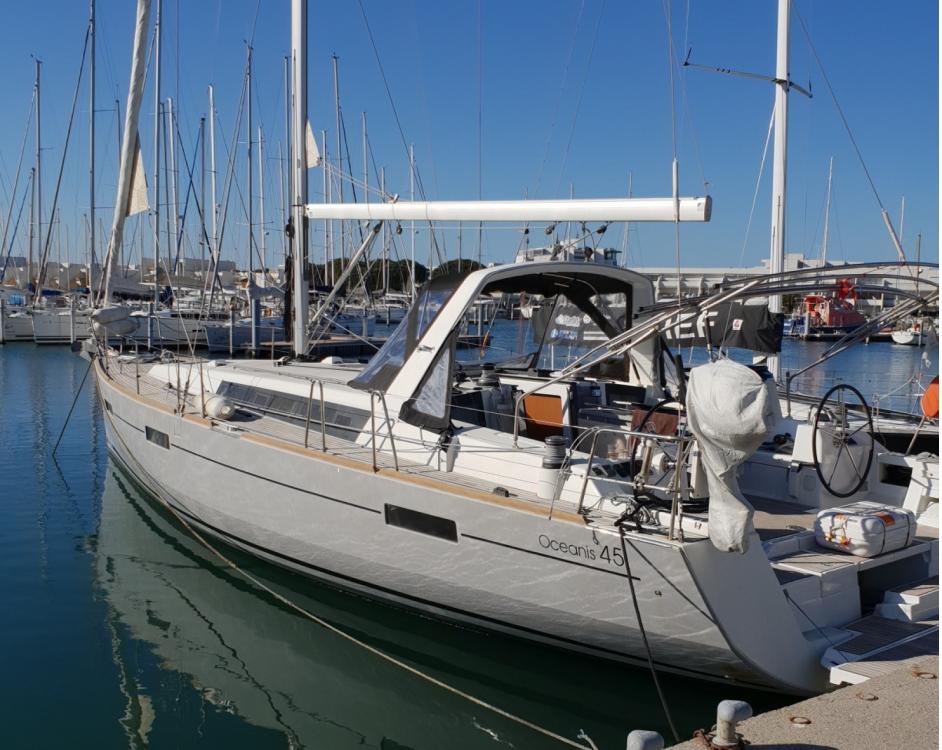 Bootverhuur Bénéteau Oceanis 45 in Cogolin via SamBoat